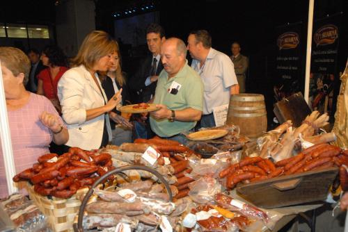 La alcaldesa de L'Hospitalet, Núria Marín, en la pasada edición de la Feria Gallega